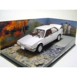 James Bond 38: MASERATI Biturbo (LICENSE TO KILL)  Eaglemoss Collection Cars-