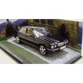 James Bond 41: JAGUAR XJ8 (CASINO ROYALE) Eaglemoss Collection Cars-